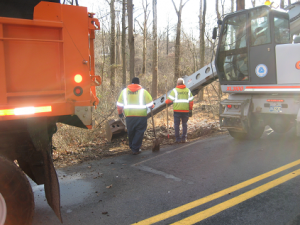 DelDOT workers begin removal of Pike Creek dump debris